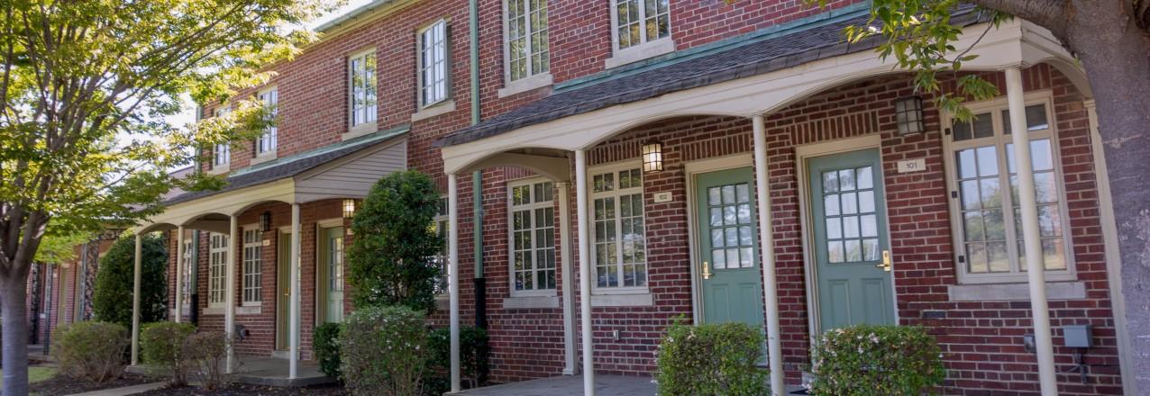 Addressing Homelessness through Shared Housing Strategies